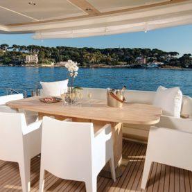 Yacht Jurata main deck
