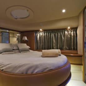 luxury yacht charter Azimuth