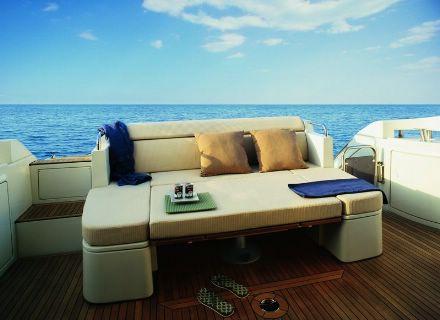yacht charter cannes Azimut boat rental