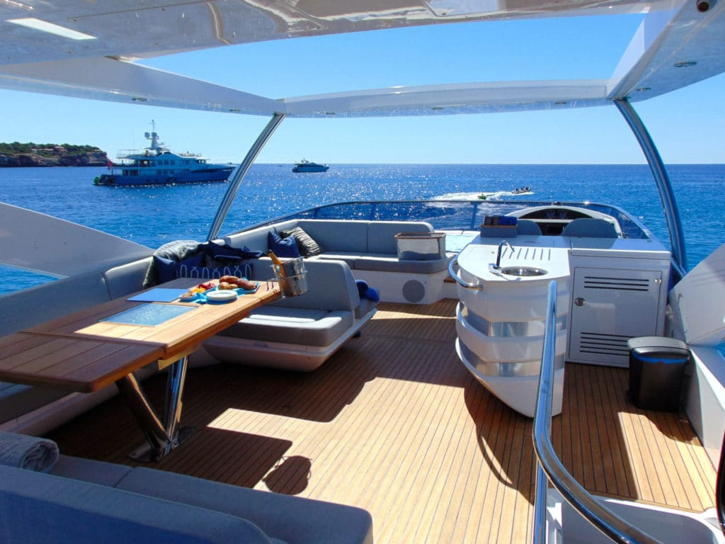 Luxury yacht charter Mallorca - Glasax Sunseeker 2016
