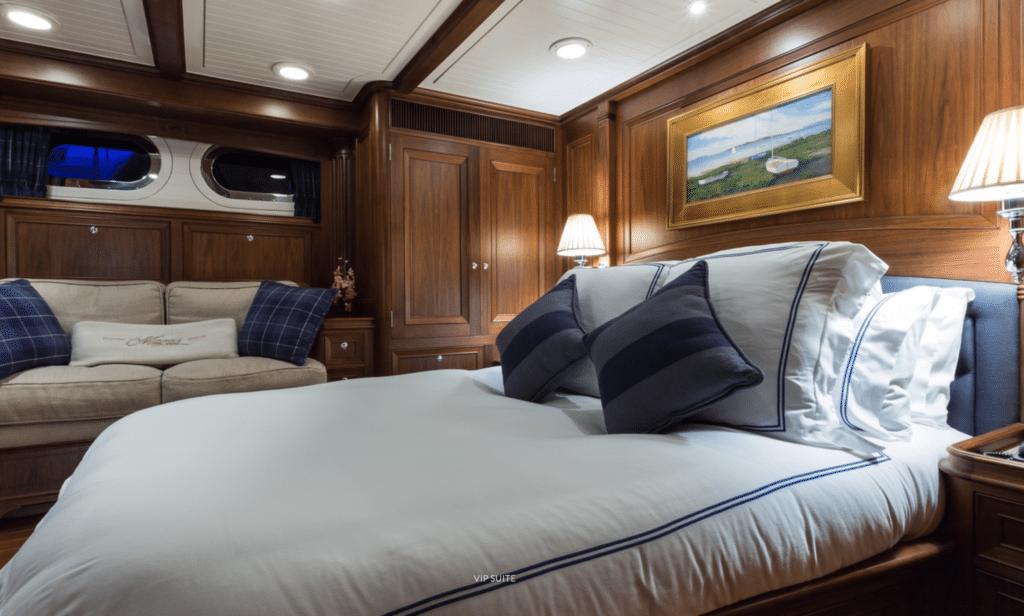 Alloy Yachts Marae guest cabin
