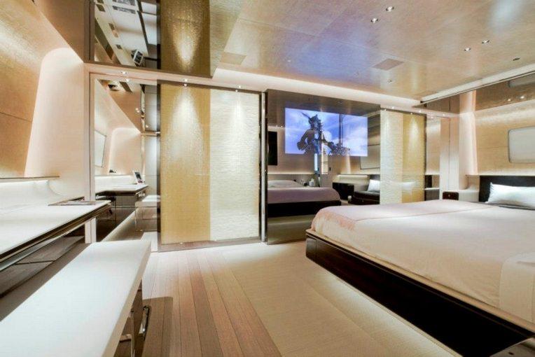 RossiNavi Charter Yacht Aslec 4 suite