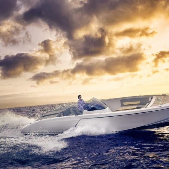 Frauscher motor boat