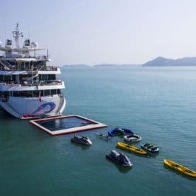 Super Yacht Pool